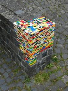 lego-street-art-2