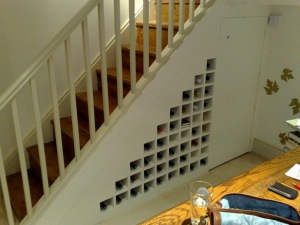 the-world_s-top-10-most-amazing-things-to-do-with-under-stairs-spaces-7